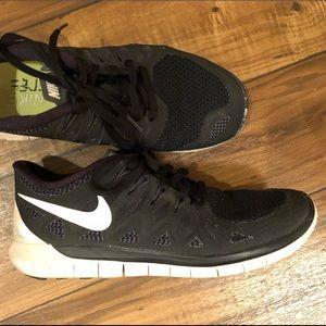 Nike Free Run Running Shoes Size 8.5